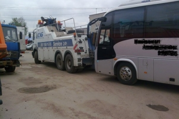 Эвакуатор автобуса